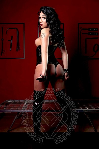 Mistress Trans Cadè Lady Barbara Kardashian